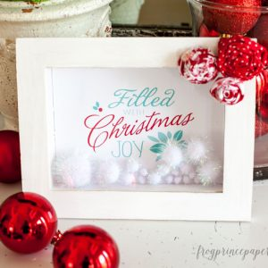 Create your own easy Christmas decor with this 10 Minute Christmas Joy filled frame!