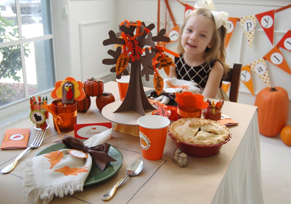 Giving Thanks - A Thanksgiving Kids\' Table - Frog Prince Paperie