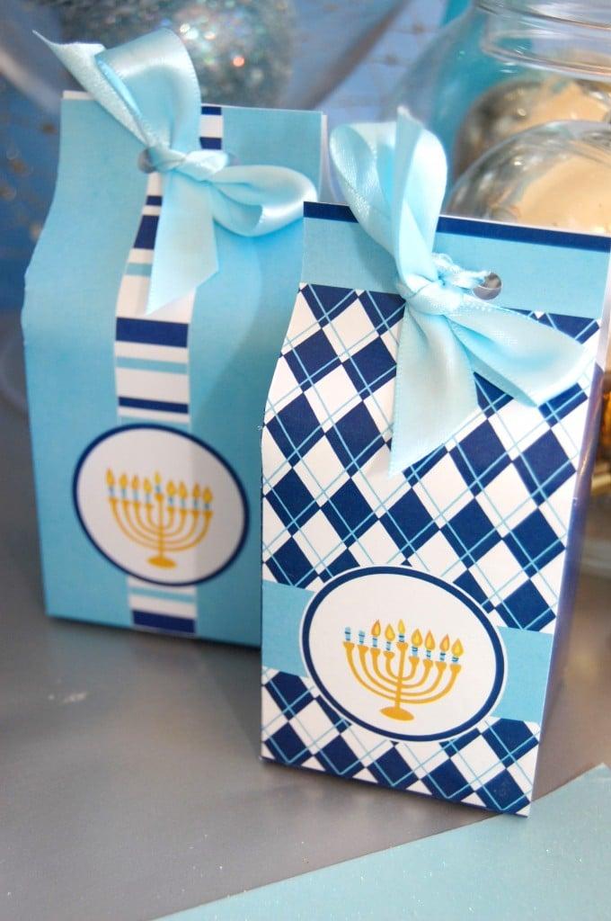 Hanukkah07 milk boxes front 680x1024