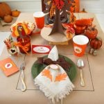 Giving Thanks – A Thanksgiving Kids' Table