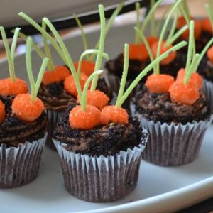 Carrot Patch Cupcake Tutorial