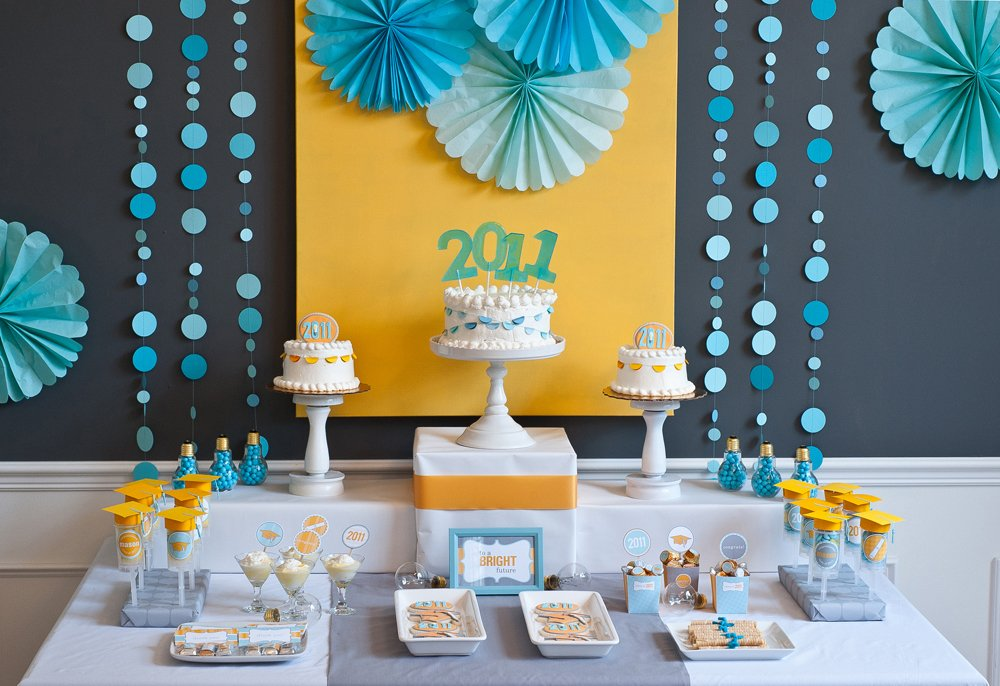 20 graduation party ideas yesterday on tuesday for Graduation decorations