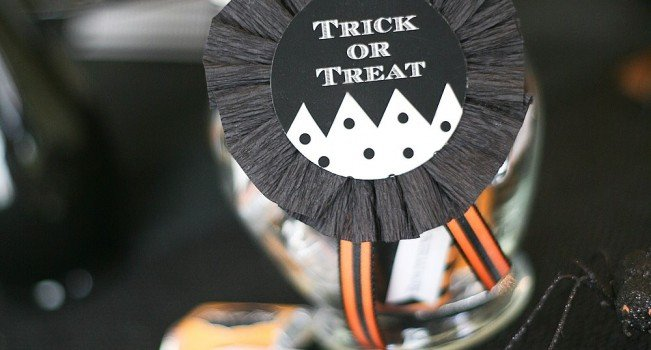 bewitching candy jar