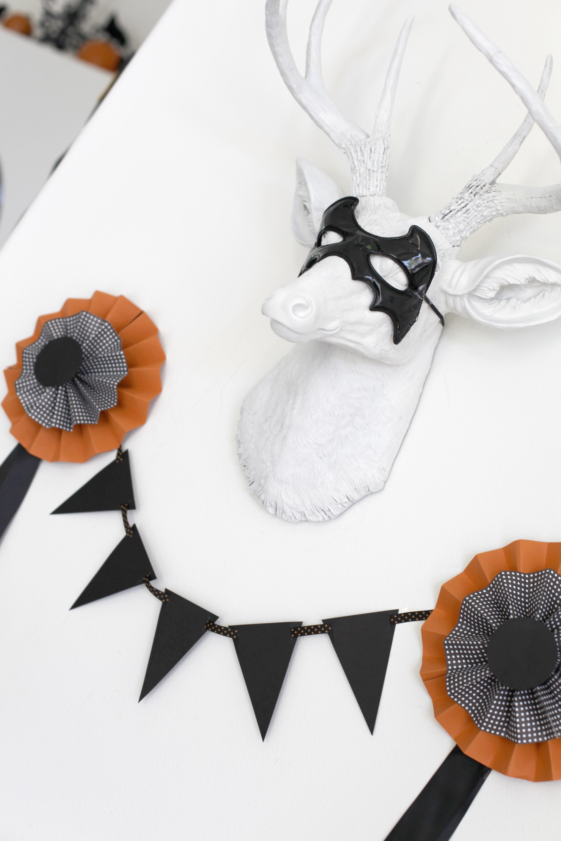 Real Party} A tiny tot Halloween - Frog Prince Paperie