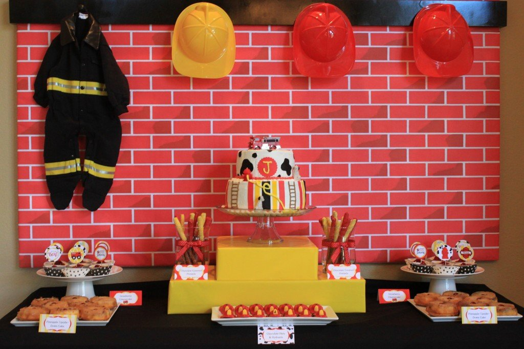 Firefighter Baby Showers on Pinterest | Late Night Diapers ...