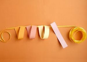 DIY Party Decor: Loopy-Loo Garland