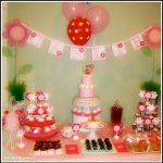 Real Parties: A Pink and Red Daisy Birthday!