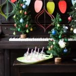 Handmade Holiday – DIY Party Decorations