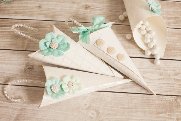 baby shower favor cone-16
