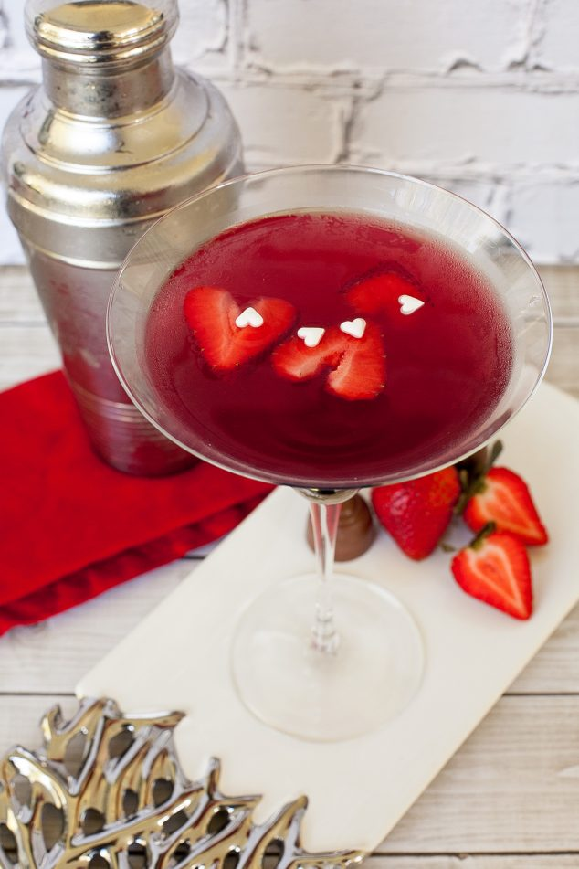 Valentines Day night in ideas - romantic drinks