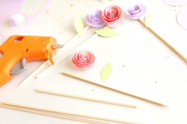 how to make-rolled-paper-flowers 3