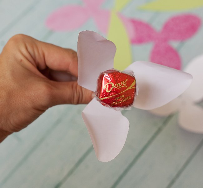 dove mothers day DIY paper tulip part 1