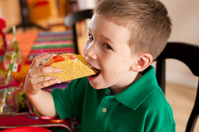 cinco de mayo kids party eat tacos