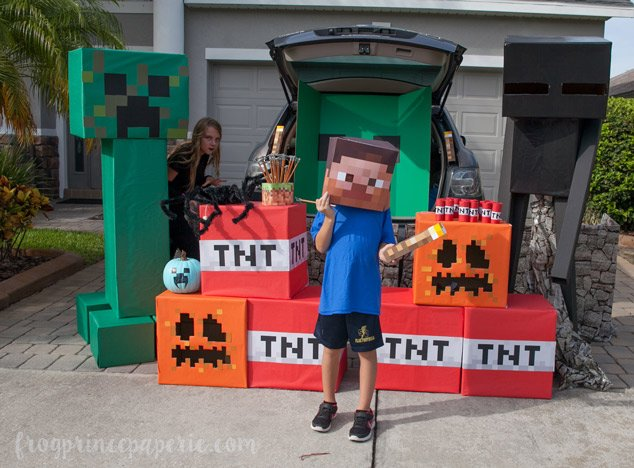 Trunk or treat ideas for your Minecraft fans!