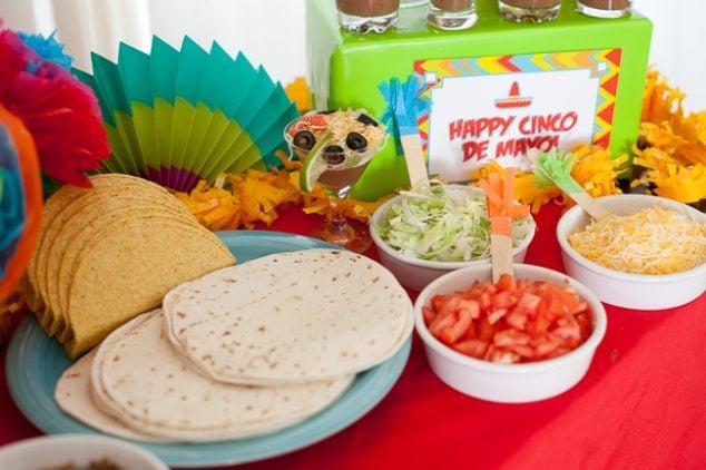 cinco de mayo kids party taco bar