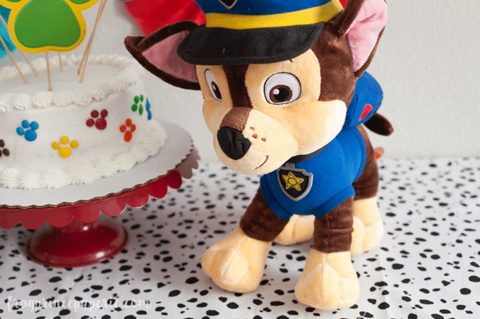 Paw patrol party ideas for birthdays, add a plush toy for decor!