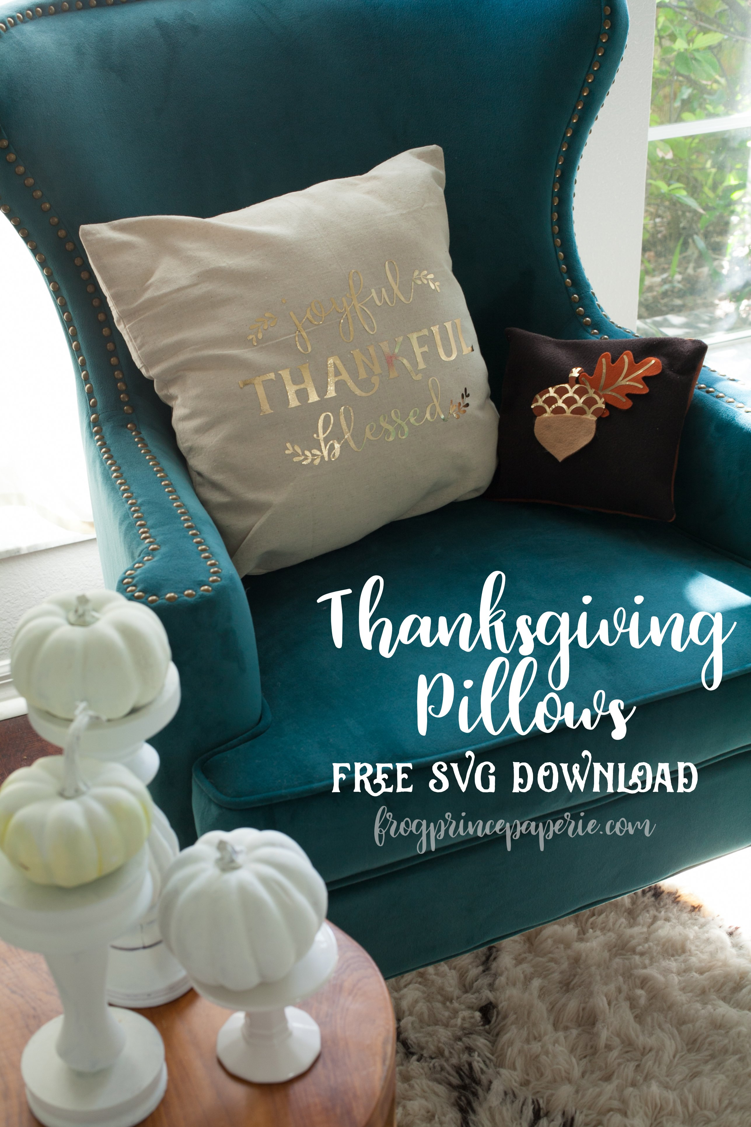 Easy Thanksgiving Pillows with Cricut EasyPress
