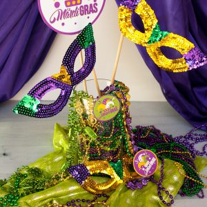 Easy Mardi Gras Centerpiece