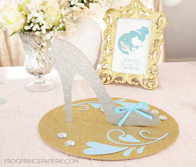 Create a princess party centerpiece that's Cinderella's slipper! #cricutmade #princessparty #partydecor #diyparty