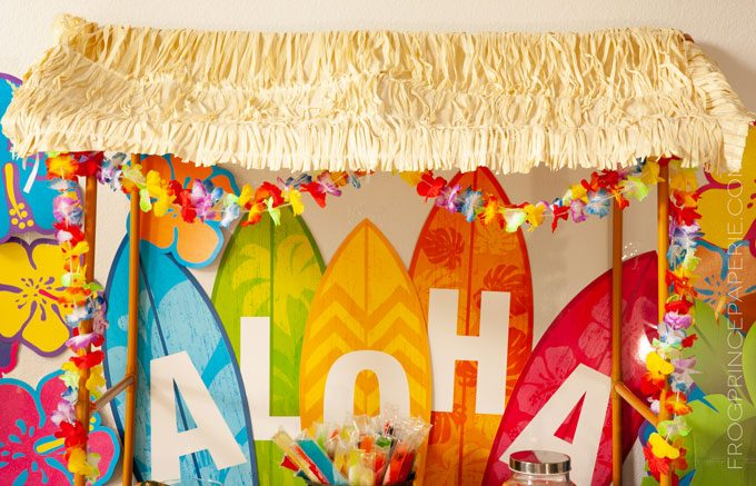 Easy luau party ideas for a simple to put together tiki bar, including an easy to build tiki bar.