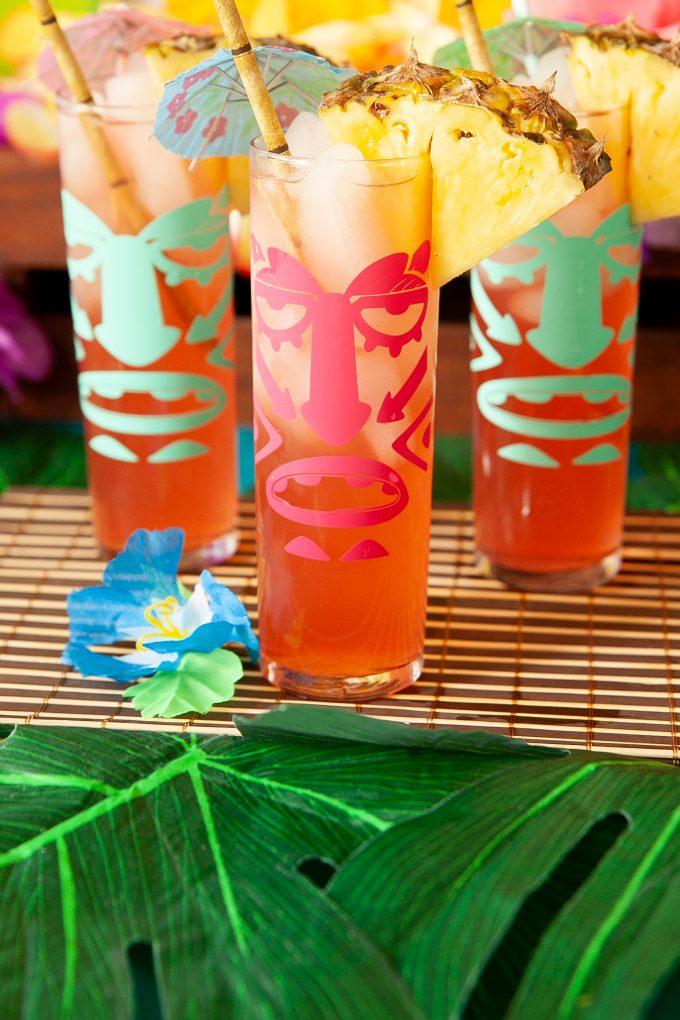 Easy luau party ideas for an easy tiki bar. DIY Luau tiki glasses make the party more fun!