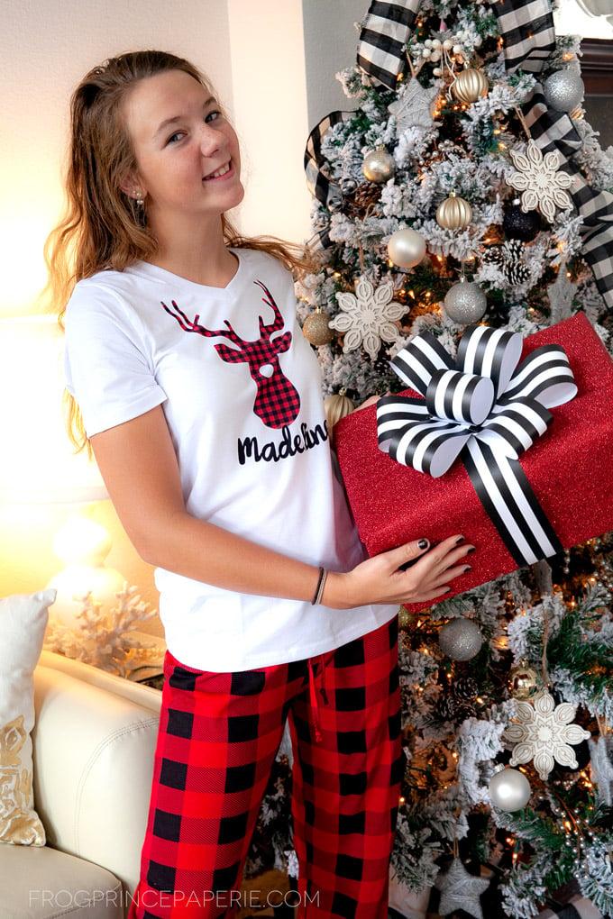 Personalized Christmas Pajamas with Cricut Explore Air 2
