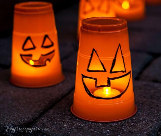 3-minute-Halloween-Luminaries-glowing