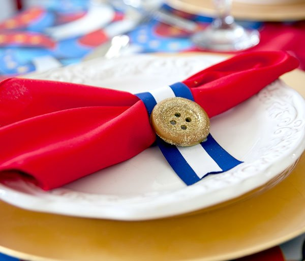 4th-of-July-Place-Setting-Idea