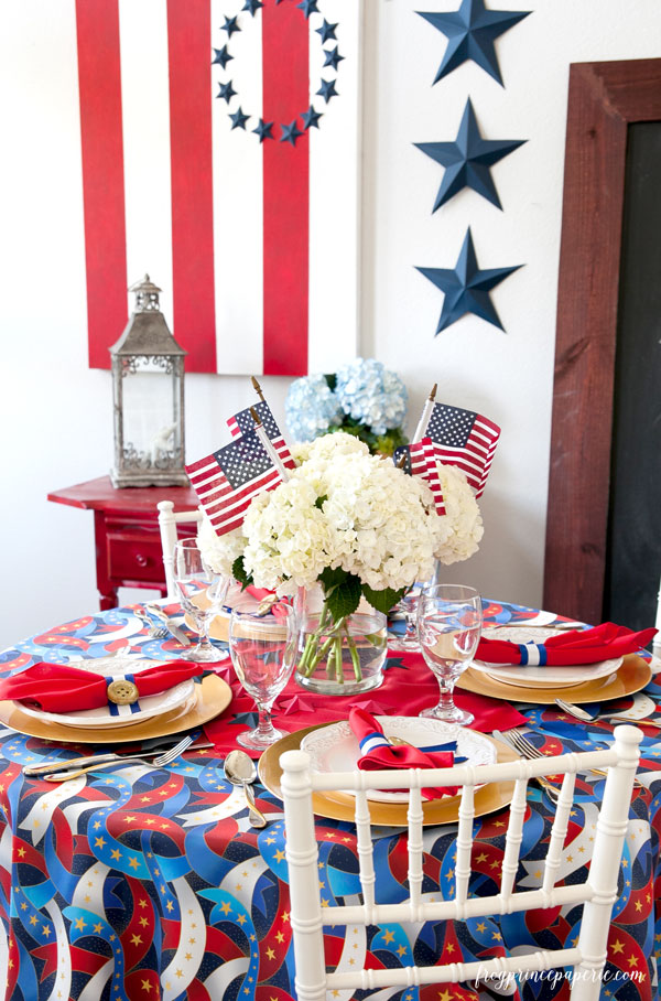 4th-of-july-tablescape-crop