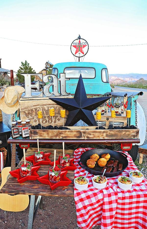 Backyard-BBQ-Southern-Belles-Charm-Food-Display-Close-Up