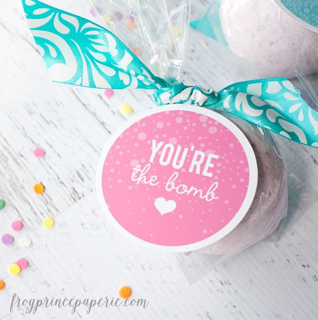 Free printable fizzy bath bomb tags - perfect for teacher appreciation gifts or party favors!