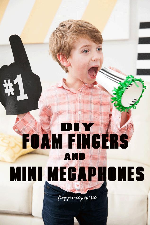 Foam-Finger-and-Mini-Megaphone-1