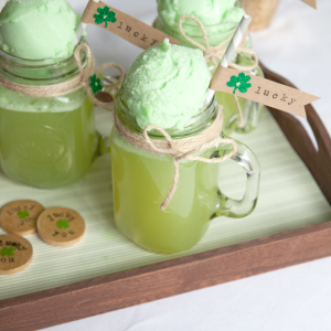 St. Patrick's Day Shamrock Floats and Lucky Straw Flags