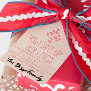 Create a DIY Luminary Kit - a perfect neighbor gift idea for Christmas!
