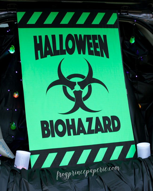 Mad Science Lab Trunk or Treat ideas for Halloween