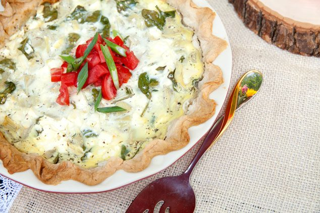 Mothers-Day-Inspiration-spinach-and-artichoke-quiche
