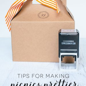 Tips on how to make your next picnic more special with a few details made from simple stationery supplies!