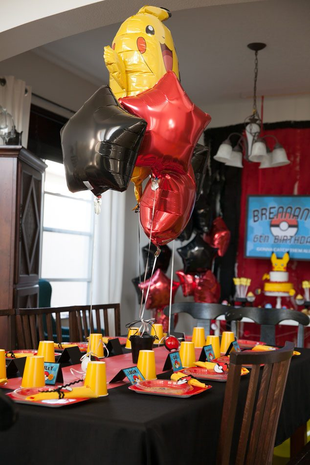 Pokemon birthday party ideas for a Pokemon birthday tablescape