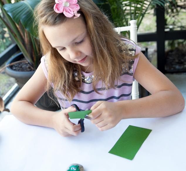 St.-Patrick's-Day-Kid-Craft-cut-shamrock