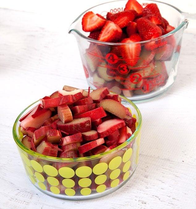 Strawberry-Rhubarb-Crisp-2