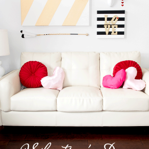 Valentine's Day Wall Art – Glitter and Stripes!