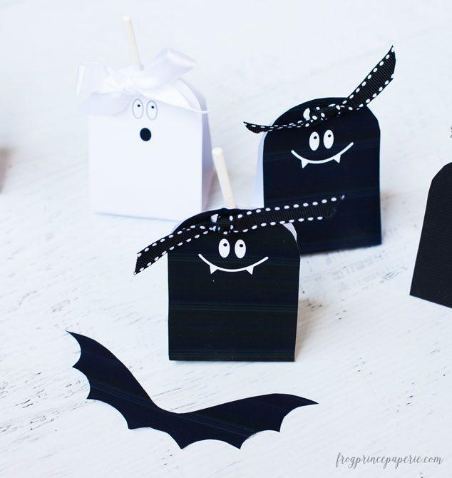 Vampire-Bat-Lollipop-Favors-2