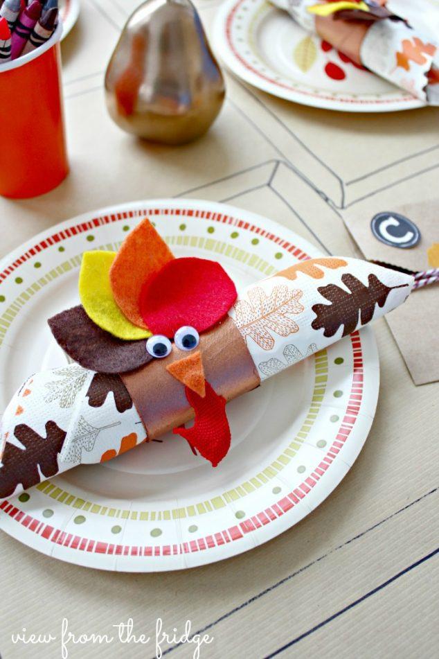 easy-kids-thanksgiving-table-setting-1vwm