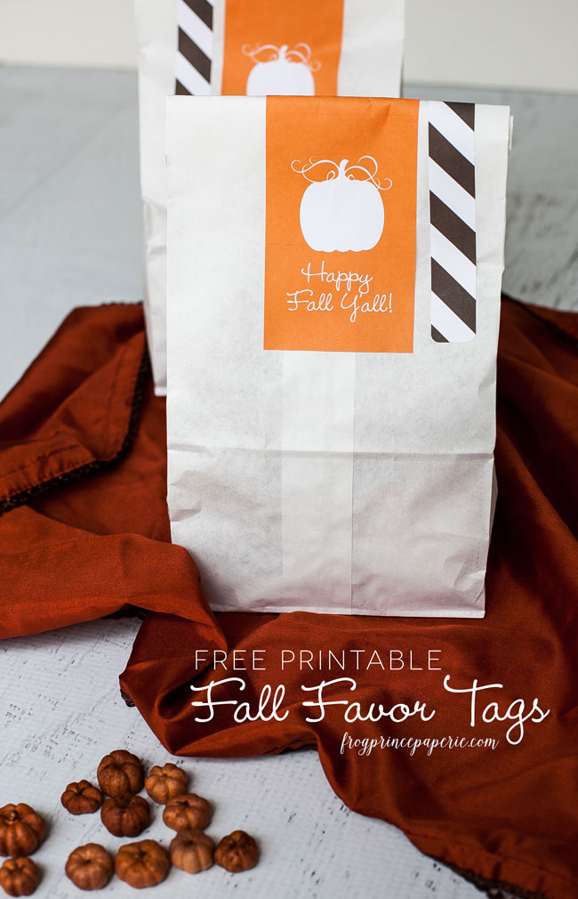 Make cute -and easy- fall favors with free printable fall pumpkin favor tags!