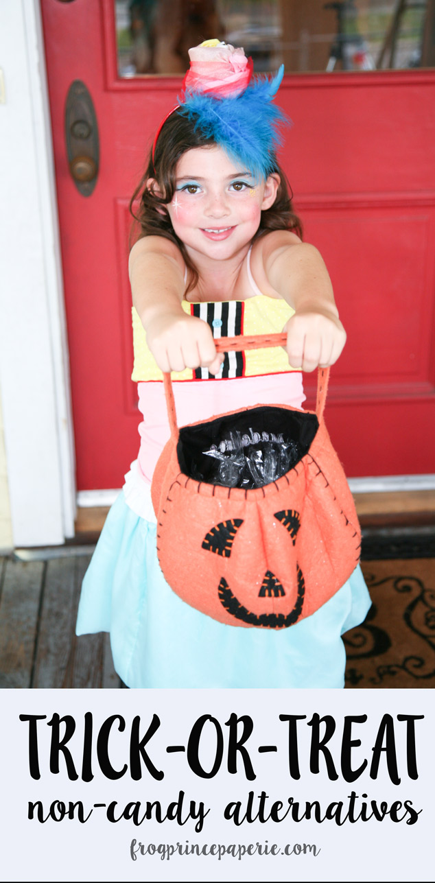 Support the teal pumpkin project with non-candy Halloween treats! Here's a list of affordable non-candy alternatives for Trick-or-Treaters this year!